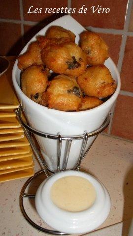 Dauphines d'escargots à la crème d'ail dans ENTREES SAM_0016